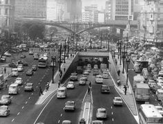 20 fotos lindas da cidade de São Paulo de 1924 a 1980 Avenida Prestes Maia e viaduto Santa Ifigênia. (1972)