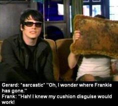 MidnightAngel07's blog | My Chemical Romance that would be me XD ... Gerard, not Frank.
