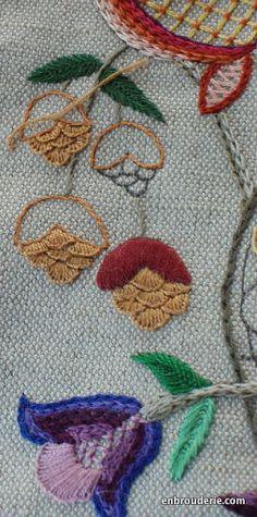 fly stitch satin stitch
