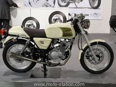 1000 images about biker on pinterest bobbers cafe racers and honda. Black Bedroom Furniture Sets. Home Design Ideas