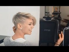 Piece-y Pixie / Pixie Cut Styling - YouTube
