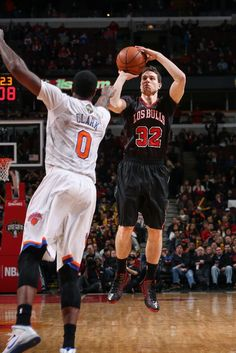 Jimmer Fredette's First Bucket with the Chicago Bulls