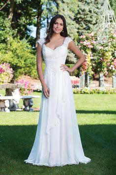 12bf81eef480 Sincerity Bridal - Style 3927  Τουαλέτα σε γραμμή-Α με ντεκολτέ καρδιά και  με