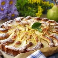 Francouzsky hruskovy paj Apple Pie, Sweet Recipes, Tea Time, French Toast, Goodies, Food And Drink, Yummy Food, Cheese, Meals