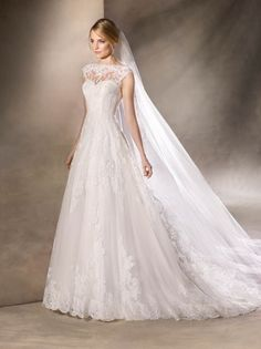 HAVANA is an adorable princess wedding dress that will win you over with delicat… - Wedding Dresses 2019 Best Brindal Wedding Dresses 2018, Princess Wedding Dresses, Bridal Dresses, Bridesmaid Dresses, Tulle Wedding, Princess Bridal, Princess Style, Bridal Gown, Bridal Looks