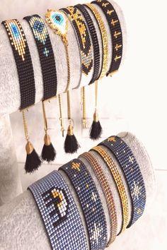 Tentacles bracelet, bead loom pattern, wristband pattern, wrist cuff pattern for Miyuki Delica seed beads Loom Bracelet Patterns, Bead Loom Bracelets, Bead Loom Patterns, Woven Bracelets, Jewelry Patterns, Beading Patterns, Stretch Bracelets, Beading Ideas, Bead Jewellery