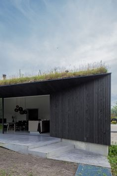 Saved by HomeWorldDesign (homeworlddesign). Discover more of the best Architecture, Minimalist, Dutch, Villa, and Filli inspiration on Designspiration Wood Architecture, Residential Architecture, Architecture Details, Ancient Architecture, Sustainable Architecture, Bungalows, Villas, Looking For Houses, Black House Exterior
