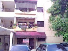 Apartamento de oportunidad en Bayona de Santo Domingo Oeste, 120mts, 3 habitaciones, 2 baños, 1 parqueo, a 3 mins de la prolongacion 27 de feb... Precio NEGOCIABLE!  RD$1,600,000.00 Lic. Ricardo Cordero 809-204-0875 siguenos en www.fb.com/r2solucionesinmobiliarias