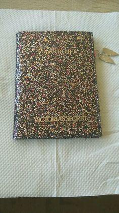 Obal na pas Victoria's secret