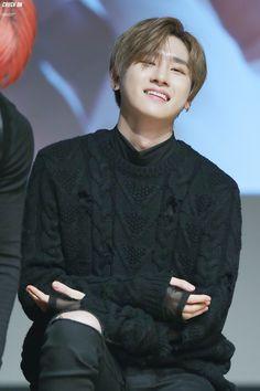 pls smile like this forever v_v Jooheon, Hyungwon, Kihyun, Shownu, Extended Play, K Pop, Im Changkyun, Best Rapper, Monsta X Wonho