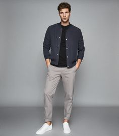 Bless Black Crew Neck T-Shirt – REISS - Real Time - Diet, Exercise, Fitness, Finance You for Healthy articles ideas Stylish Mens Outfits, Casual Summer Outfits, Outfits For Men, Men's Outfits, Beach Outfits, Hipster Outfits, Woman Outfits, Modern Outfits, Grunge Outfits