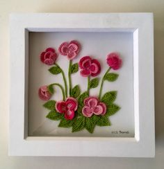Pansies rosa all'uncinetto in arte box frame parete Crochet pink pansies in art wall box frame Crochet Puff Flower, Crochet Flower Patterns, Crochet Motif, Crochet Flowers, Box Frames, Frames On Wall, Framed Wall Art, Crochet Wall Art, Crochet Decoration