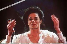 ♥ MICHAEL  JACKSON  REI DO POP DA PAZ  E DO  AMOR  ♥: Michael Jackson- Will You Be There (HD 720P Offici...