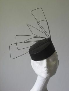 Mesquite by Sarah Cant Couture Millinery - black straw pillbox trimmed with angular wire shapes. Fascinator Hats, Fascinators, Headpieces, Cocktail Hat, Fancy Hats, Diy Hat, Wedding Hats, Love Hat, Dress Hats