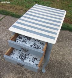 Lizzi's Creations: End Table Makeover