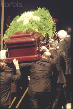 """FUNERAL OF JACQUELINE KENNEDY IN NEW YORK Jacqueline Bouvier Kennedy Onassis's coffin.  Date May 23, 1994 RIP ...Sad To 100 Years. Ahead  For Ever...Too .....Jacqueline Kennedy Onassis, (née Jacqueline Lee """"Jackie"""" Bouvier; July 28, 1929 – May 19, 1994), was the wife of the 35th President of the United States, John F. Kennedy, and First Lady of the United States during his presidency from 1961 until his assassination in 1963♛    http://en.wikiquote.org/wiki/Jacqueline_Kennedy_Onassis"""