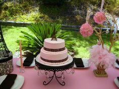cake  - simple and elegant (close up)  - Paris birthday party