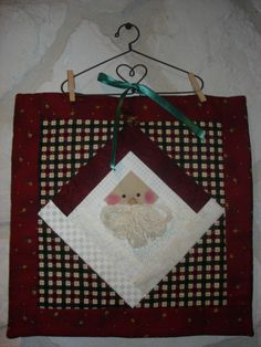 LOG CABIN SANTA Christmas small quilt wallhanging or pillow pattern instructions only