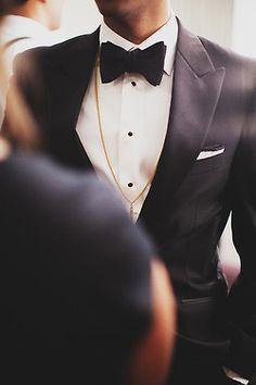 Smoking/Tuxedo – A Dapper Gentleman