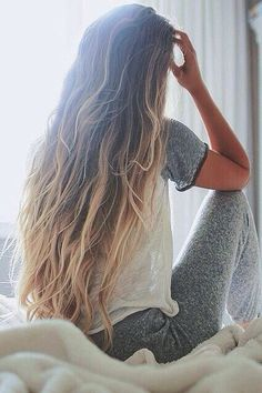 long hair styles | messy curly | blondes | ombre | dark roots | hair extensions