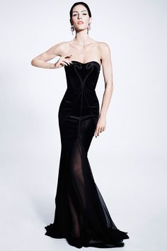 Zac Posen Pre-Fall 2012 Fashion Show - Hilary Rhoda