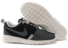 wholesale dealer a6896 f874d Black Friday - Nike Roshe Run Trainers Mens NM Breeze Black