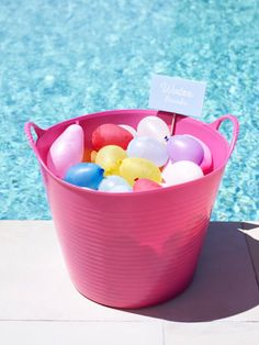 Hostess with the Mostess Pink Flamingo Pool Party. Pool Party Kids, Summer Pool Party, Water Party, Summer Birthday, Birthday Fun, Tiki Party, Birthday Ideas, Water Balloon Fight, Water Balloons