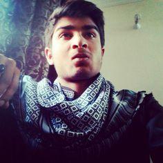 When I Pose Like Thakur.