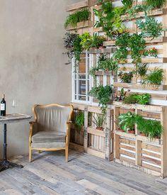 Tantissime Idee per arredare la vostra casa ed il vostro giardino con dei semplici pallet