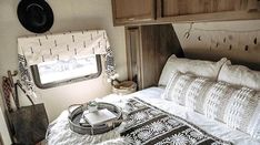 Travel Trailer Camping, Rv Camping, Family Camping, Travel Trailers, Camping Hacks, Glamping, Camper Life, Rv Life, 4 Bunk Beds