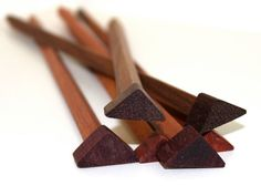 Exotic Triangle Knitting Needles by thebeatKNIT on Etsy <------this gave me life this afternoon
