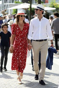 e431713846 PIppa Middleton Wearing a Red Dress at the French Open French Open