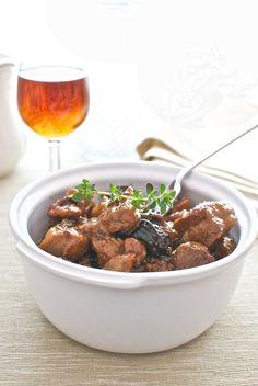 Receta de 'Lomo con salsa de moscatel y pasas' de Pepekitchen para el blog 'A tu Gusto' de superSol. La mejor gastronomía :)