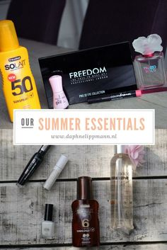 To celebrate the summer, Yvonne & I show our number one summer essentials. Enjoy!
