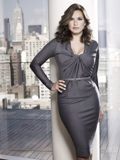 love this dress - Still of Mariska Hargitay in Law & Order: Special Victims Unit