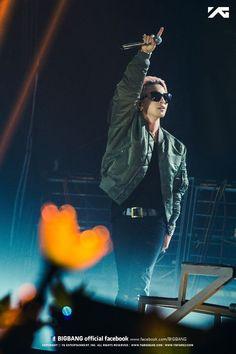 TAEYANG x BIG BANG | 2015 WORLD TOUR x MADE IN BANGKOK @ IMPACT ARENA