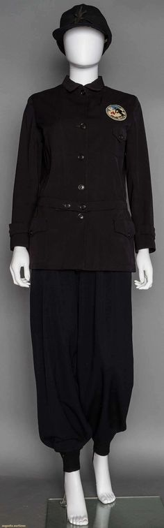 Woman's Sierra Club Ski Outfit, 1930-1940s, Augusta Auctions - Up for auction November 11, 2015 NYC