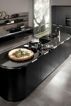 Insel, Kochinsel, Kücheninsel, Küche, Idee, Bild, schwarz, modern, hochglanz, Design, Küchendesign,  dunkel, schwarze Fronten; Foto: rational