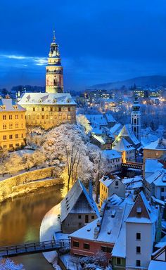 Český Krumlov in winter night (South Bohemia), Czechia #town #castle #winter #night #czechia Places To Travel, Travel Destinations, Places To Visit, Prague, Places Around The World, Around The Worlds, Voyage Europe, Eastern Europe, Czech Republic