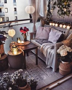 Describe this cozy balcony in one word! Discover eDescribe this cozy balcony in one word! Discover ePray for surf wall art, surf summer decor, trendy cozy balcony decor, diy decor ideas, printable art - My Decor, Cozy House, Patio Decor, Home Decor, House Interior, Apartment Decor, Home Deco, Apartment Balcony Decorating, Apartment Style