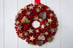 Italian Christmas decor 2015, made in Italy Christmas door or wall wreath,wood red wreath with hearts and stars,Italian Christmas decoration