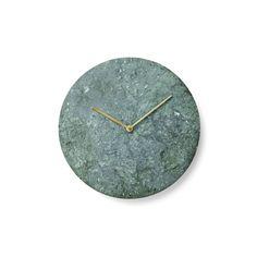 Articolo: MENU8200429_Parent skuI designer di Norm Architects hanno disegnato un orologio da parete dalla linea pulita, privo di qualunque elemento superfluo. Minimal e semplicissimo, il design di questo orologio in marmo ti regalerà il piacere di controllare l'ora come si faceva una volta. In un'epoca in cui gli smartphone hanno rimpiazzato l'orologio classico, ci piacerebbe assistere a una rinascita degli orologi da parete, oggetti non solo belli da vedere ma anche con una certa classe. Il…