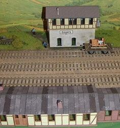 German Vintage Train Station Paper Model In HO Scale - by Neuwied -- Here some very well done buildings in Ho scale (1/87 scale), representing a typical German Vintage Train Station, by Neuwied website.