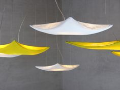 Kite pendant lamp || arturo alvarez - Handmande Unique Lighting || The different sizes permit original compositions, that just like real kites in the sky, fill space with a warm and cheerful light. #handmade #lighting #design #emotionallight #arturoalvarez #light #interior #lightingdesign #pendant #lamps #simetech