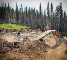Sometimes people taking part in specific disciplines of cycling will purchase a specialized mtb, developed for the discipline. While cross-country, freerider and enduro are the most common discipli… Bmx, Motorcross Bike, Jump Park, Skate Park, Mtb Trails, Mountain Bike Trails, Dirt Bike Track, Moutain Bike, Downhill Bike