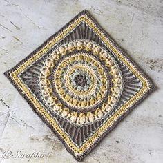 This is the DK weight version of my mediumflowerwheelcirclesquare Free Crochet Square, Crochet Square Patterns, Crochet Blocks, Crochet Stars, Crochet Wool, Crochet Circles, Crochet Granny, Afghan Blanket, Snowflake Pattern