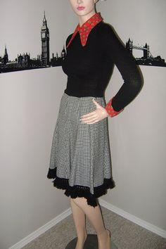 60s Mod Houndstooth Black Dress Large Red by PopcornVintageByTann