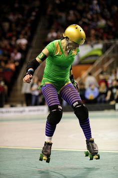 A levitating Wreck Deckard (awesome name!) of the Rose City Rollers. Photo by Jonathan Beck.