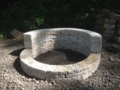 "Awesome ""outdoor fire pit designs"" info is readily available on our internet site. Have a look and you wont be sorry you did. Outside Fire Pits, Cool Fire Pits, Diy Fire Pit, Fire Pit Backyard, Landscaping With Rocks, Backyard Landscaping, Backyard Patio, Fire Pit Video, Fire Pit Gallery"