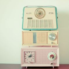 |Interior DESIGN| Retro radios.